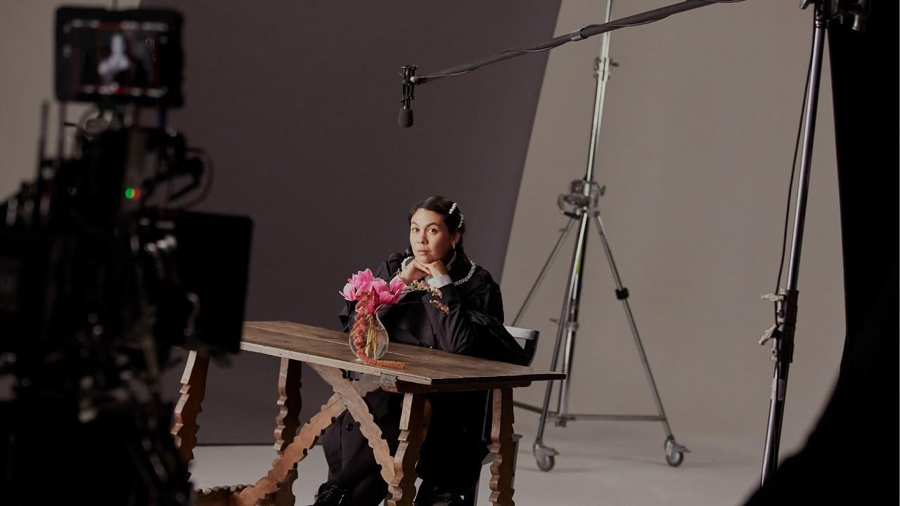 H&M'in yeni tasarımcı işbirliği Simone Rocha ile oldu!