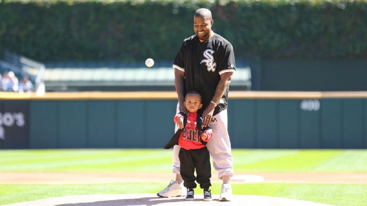 Kanye West'in markası Yeezy eski stajyerine dava açtı!