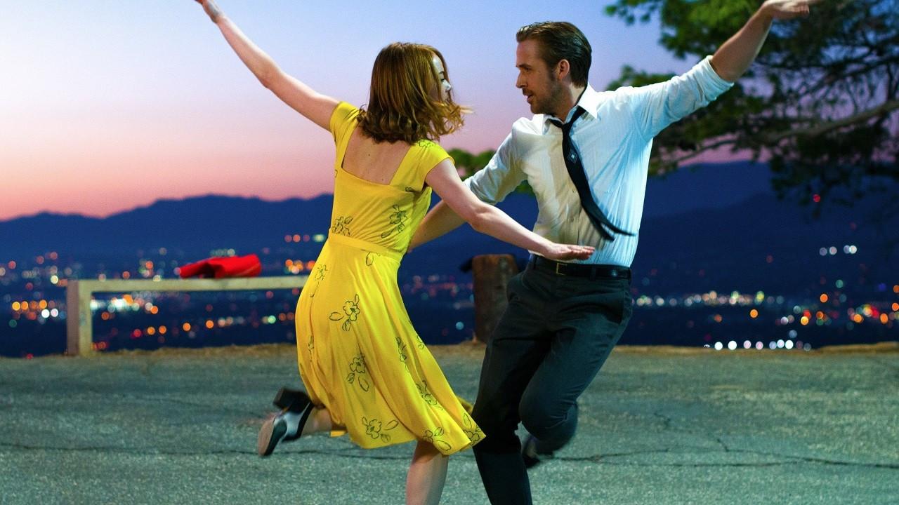 Sevgilinle romantik bir akşama renk katacak 10 film
