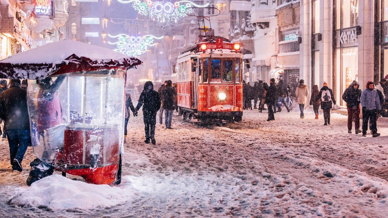 İstanbul'a ne zaman kar yağacak? 1987 kışı gelir mi? Son yorumlar