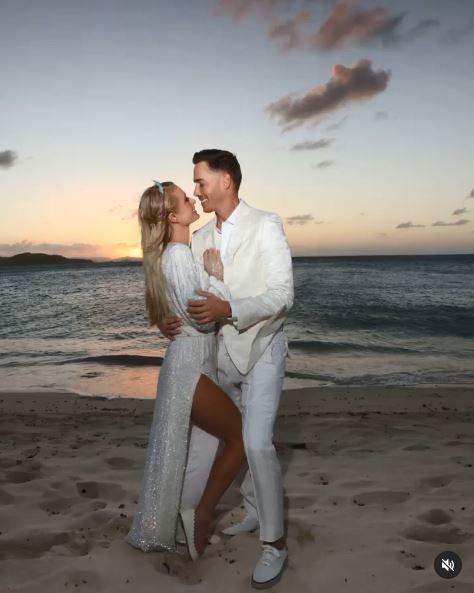 Paris Hilton'a doğum gününde diz çöküp böyle evlenme teklifi etti - Sayfa 4