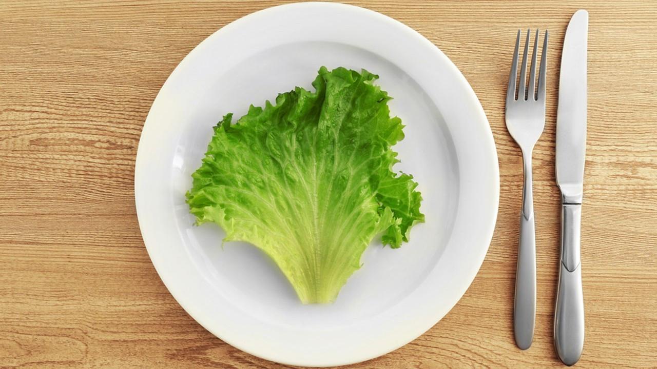 Uzmanından uyarı! Popüler 5 diyetten birini yaptıysanız dikkat!