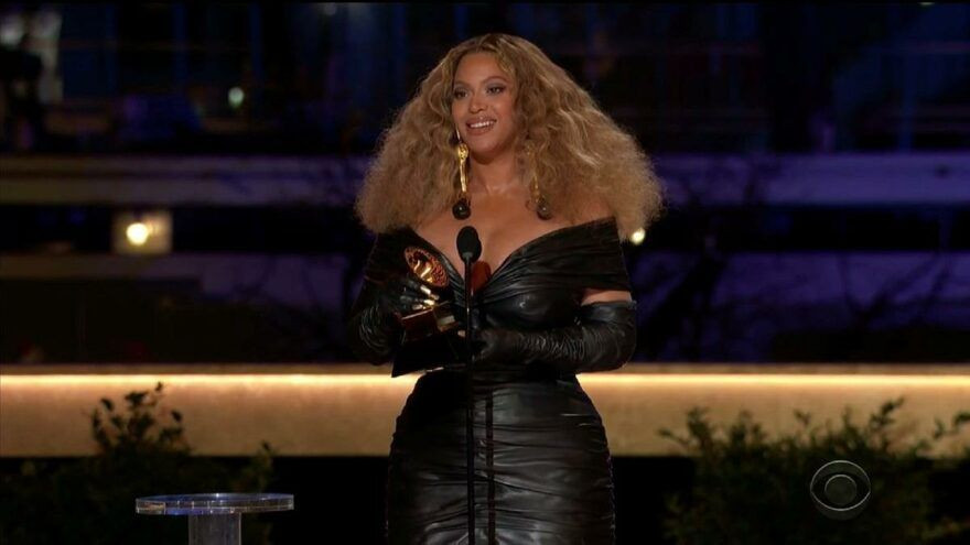 Müzik dünyasında Grammy Ödülleri heyecanı! İşte ödül sahipleri - Sayfa 2