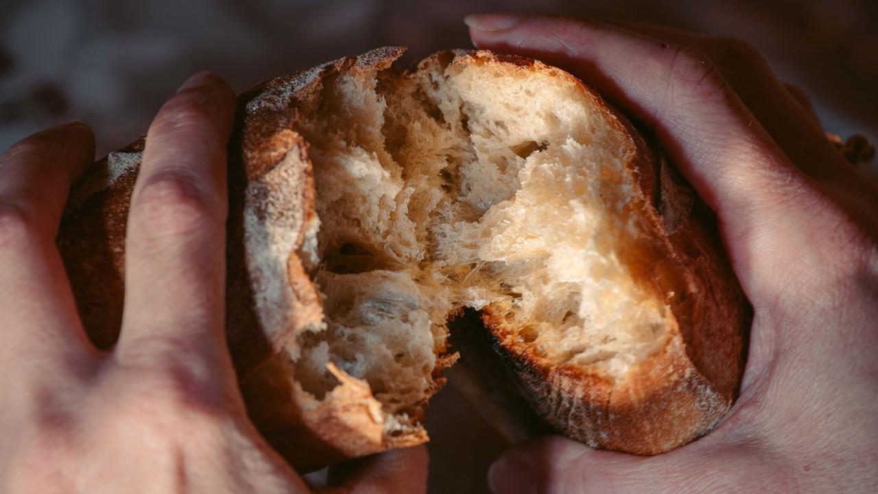 Ekmeklerin bayatlamaması için en başarılı 5 yöntem!