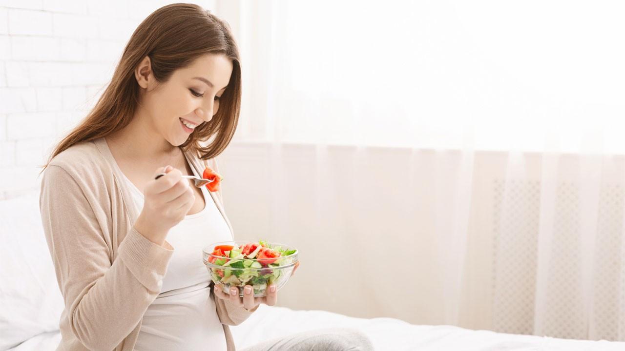 Hamilelikte bebeğe faydalı ve zararlı besinler nelerdir?