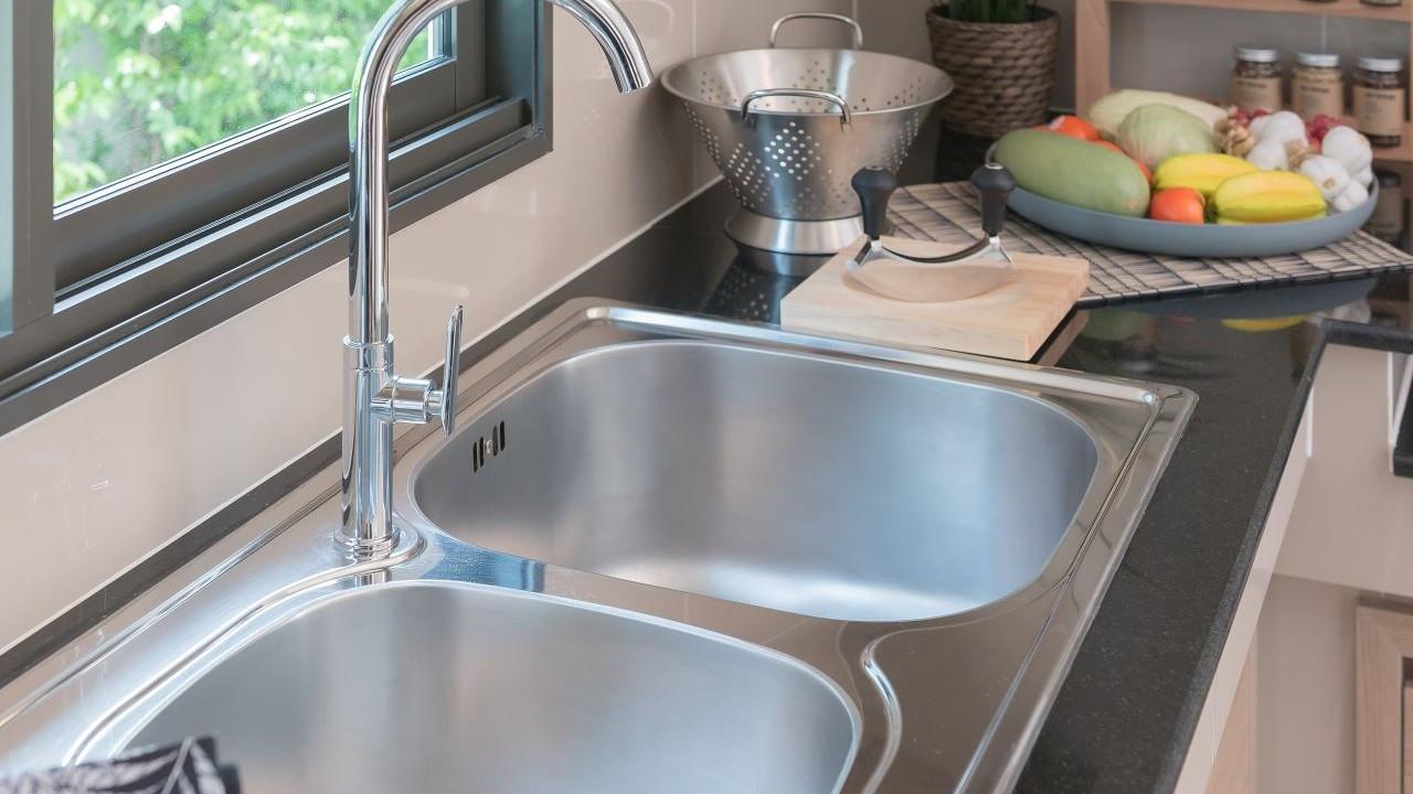 Tıkalı lavabo nasıl açılır? Bu pratik önerileri deneyebilirsiniz