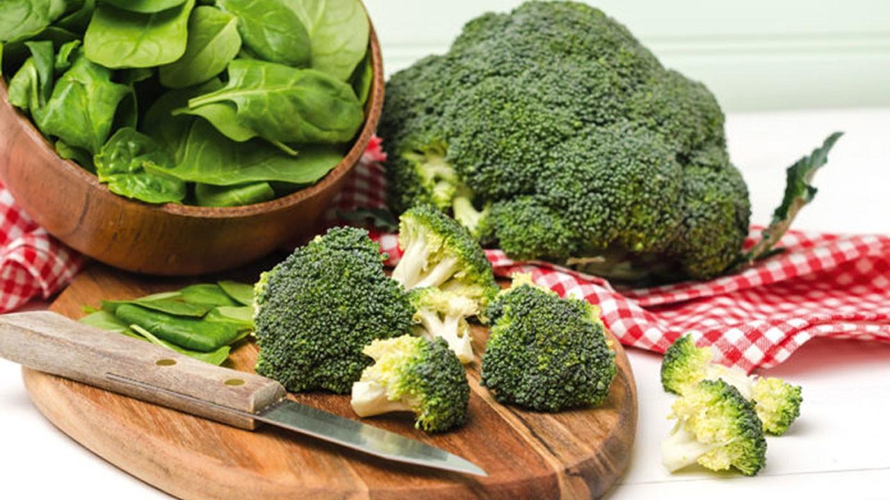Vücut yağlarını yok eden 7 muhteşem yeşil besin