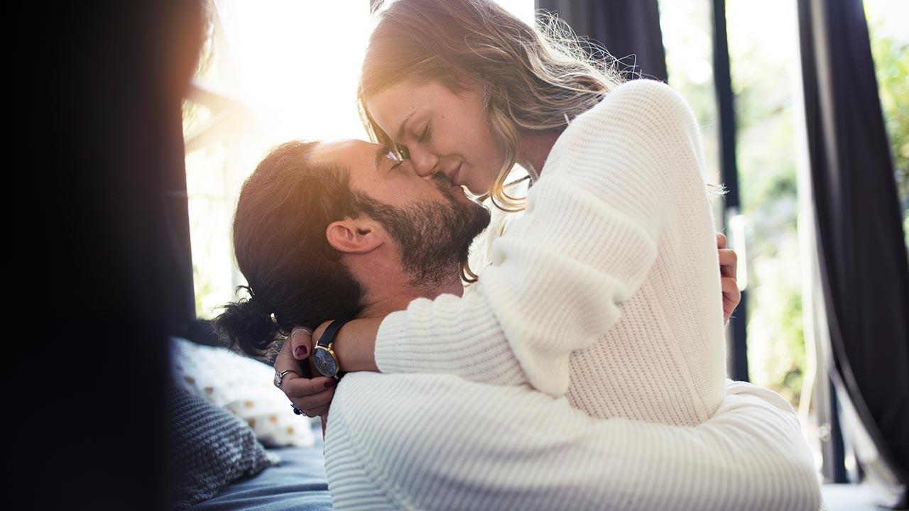 Öpüşmede erkeği heyecanlandıran 4 altın kural