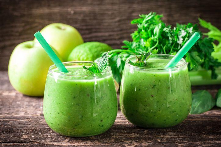 Meyveleri karıştırma vakti: Lezzetiyle dondurmayı unutturacak 10 smoothie tarifi - Sayfa 4