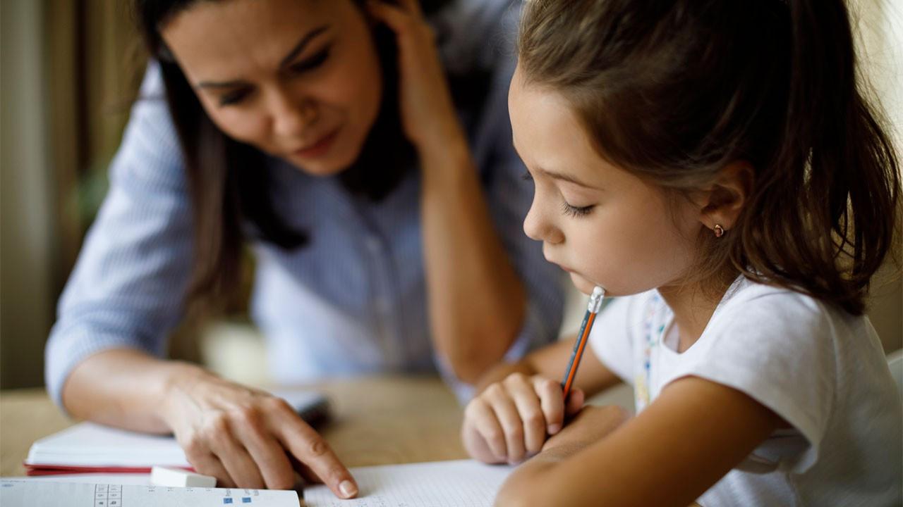 Çocuklara ders çalışmayı sevdirme yolları: 6 öneri