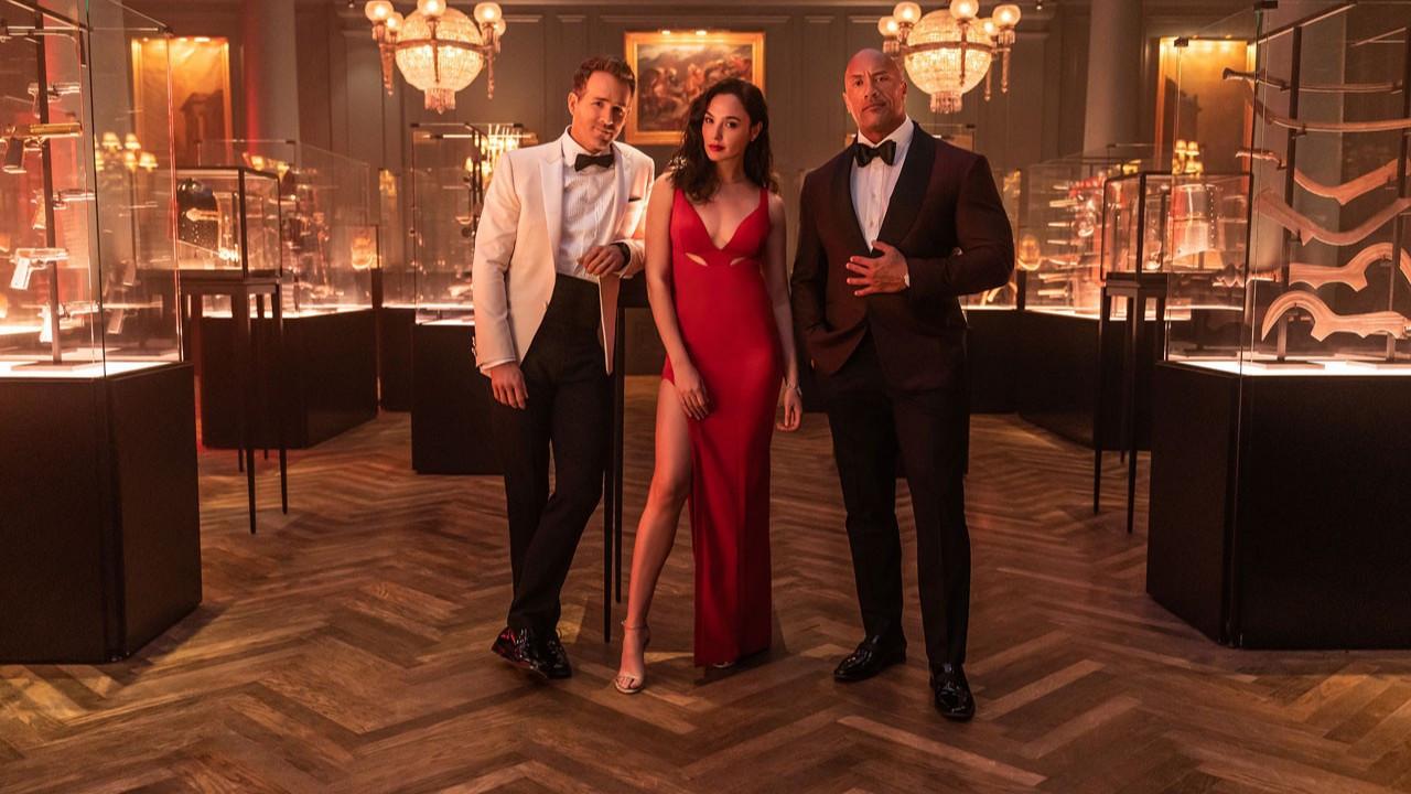 Netflix, Red Notice filminden ilk kareyi paylaştı