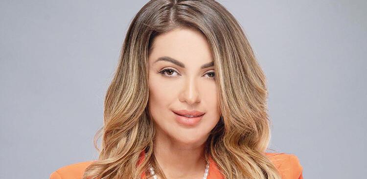 Leyla Kocabey (Arbnora Ademaj)