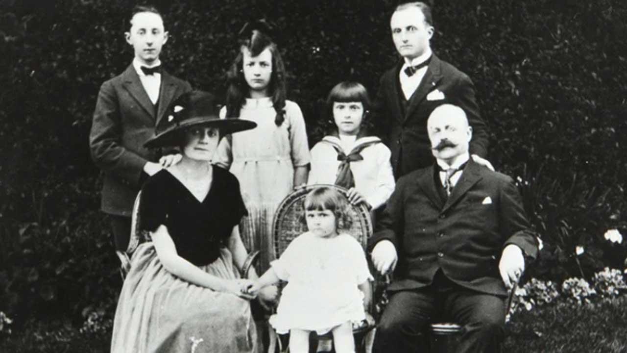 Christian Dior Family