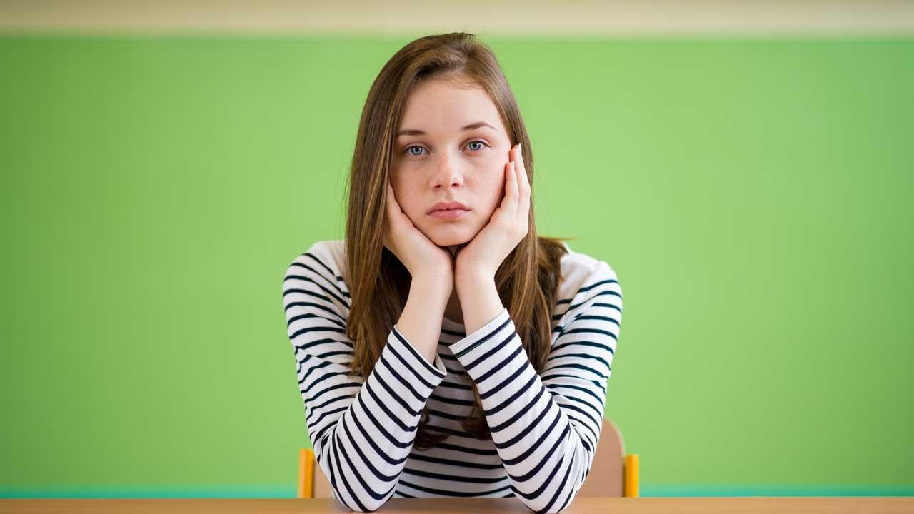 Kızlarda ergenlik kaç yaşında başlar?