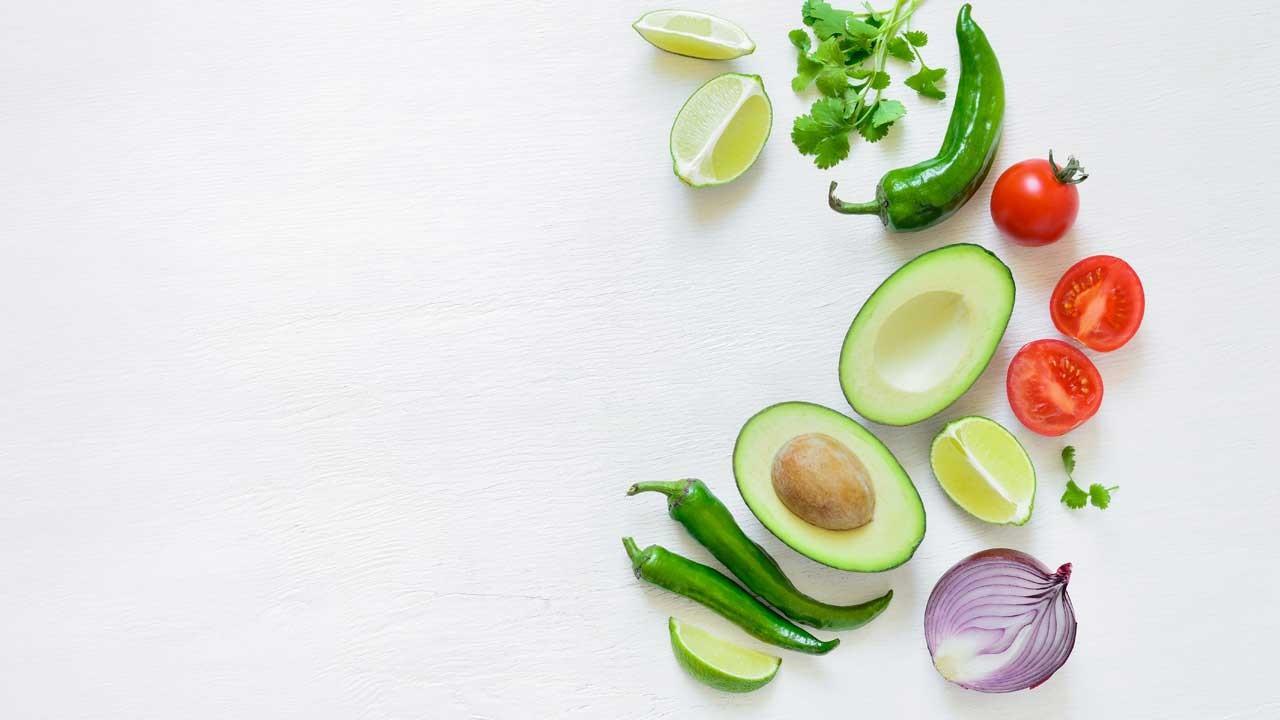 Domatesli avokadolu salata tarifi