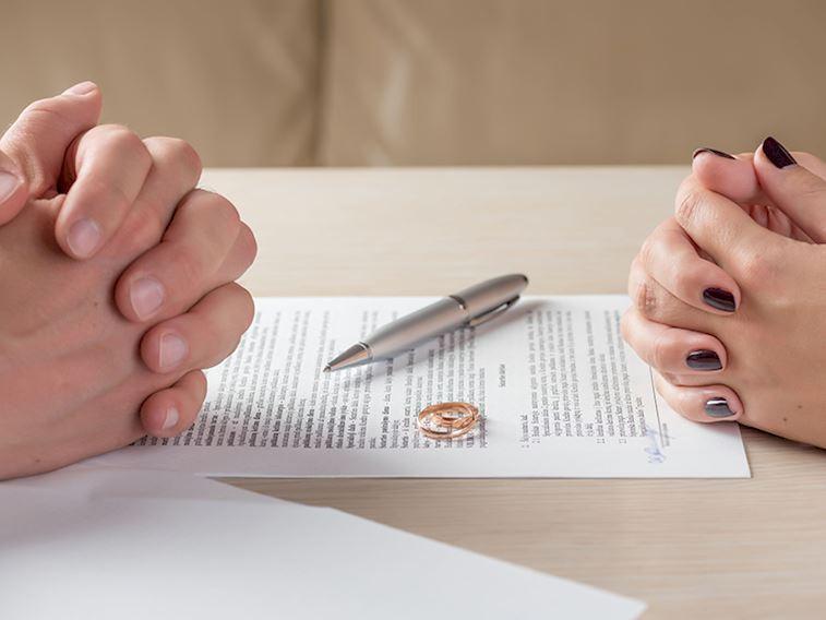 Boşanma, cinsellik ve mahkeme