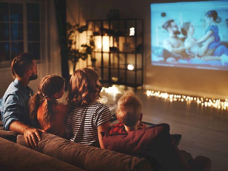 Ailecek film gecesi yapmak için en güzel 5 film