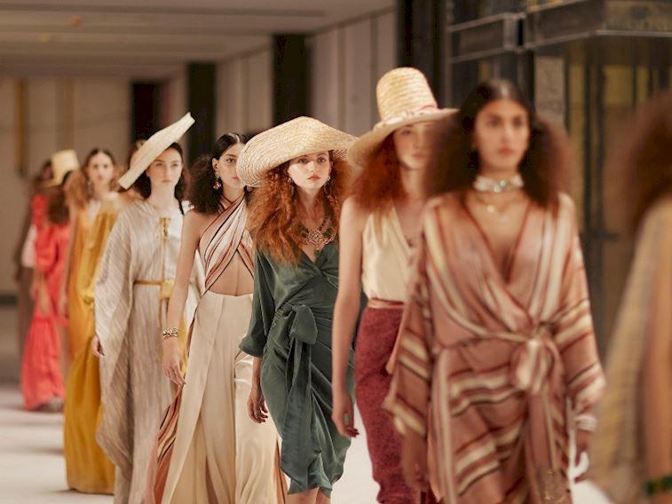 Moda dünyasında dijital defileler devam ediyor