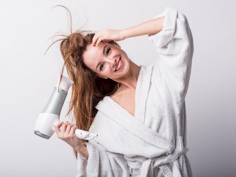 Saçlarımızı kurutmalı mıyız yoksa kurutmamalı mıyız?