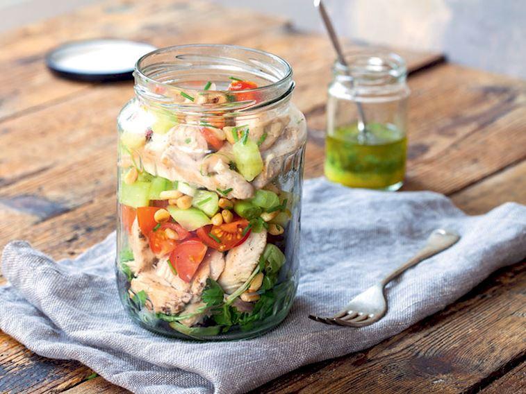 Kavanozda yaz salatası