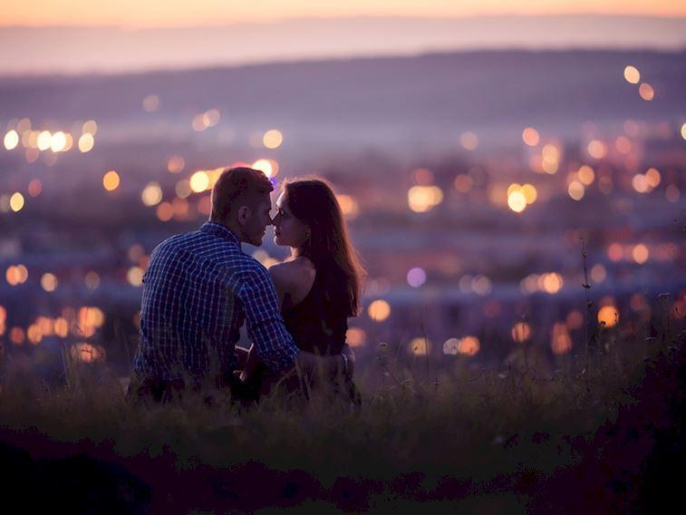 Nasıl iyi öpüşülür? İyi öpüşmek için 30 öneri