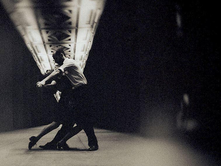 Fonda müzik, yatak odasında haz…