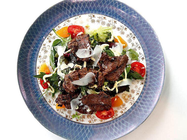 Izgara bonfile salatası