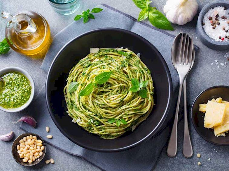 Lezzetli Bir İtalyan Dokunuşu: Pesto Sos! Evde nasıl yapılır?