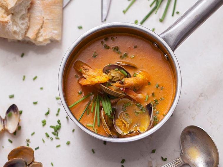 Deniz mahsülleri çorbası