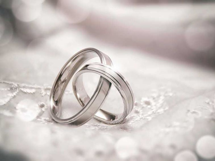 Evlenecekler için nişan yüzükleri önerileri…