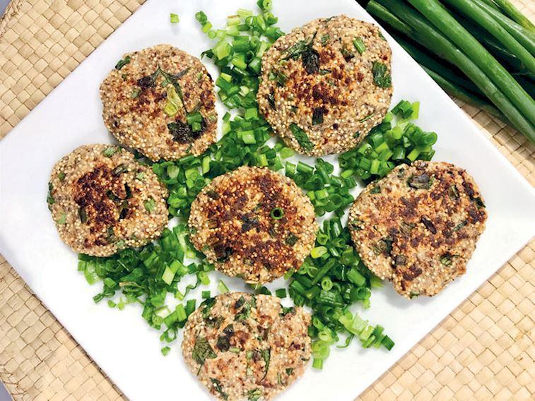 Kinoalı, chia tohumlu, baharatlı bazlama