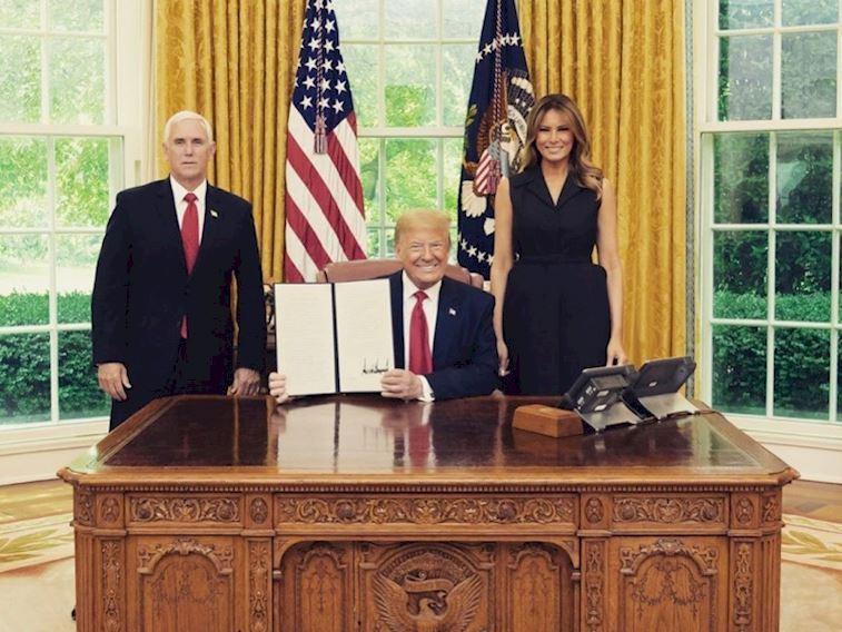 Donald ve Melania Trump'ın Covid-19 testi pozitif çıktı