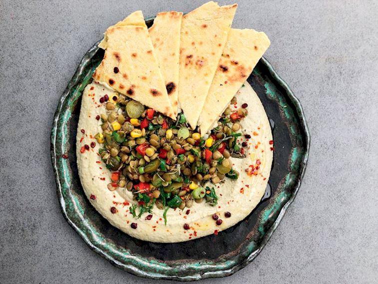 Yeşil mercimekten humus, zahterli mercimek salatası&tava ekmeği