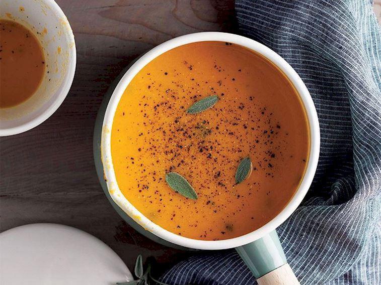 Adaçaylı bal kabağı çorbası